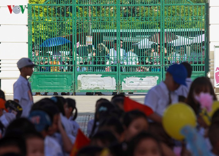 Khai giảng ở ngôi trường có 1.145 học sinh lớp 1, đông nhất Hà Nội - Ảnh 10.