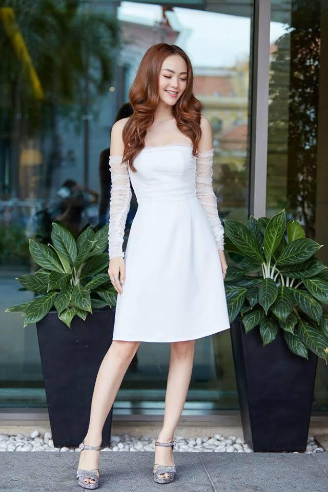 Cùng một chiếc váy: Angela Phương Trinh lồng lộn, Minh Hằng lại quá bánh bèo - Ảnh 2.