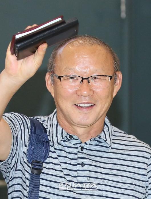 Vừa về Hàn Quốc, HLV Park Hang-seo phát biểu bất ngờ về hợp đồng dẫn dắt ĐT Việt Nam - Ảnh 2.