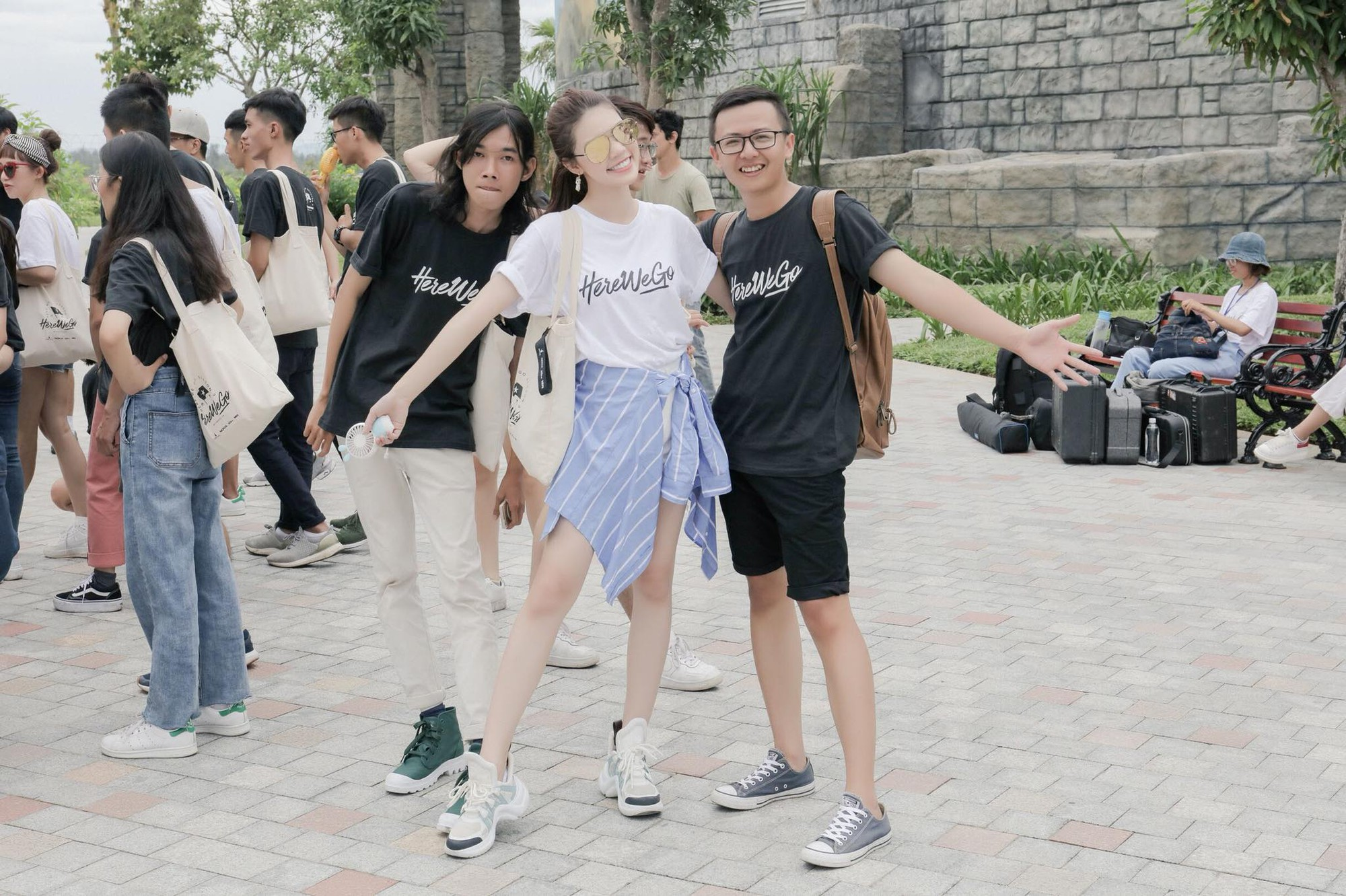 Hoa Hậu Rich Kids Jolie Nguyễn đi du lịch: không còn sang chảnh, chịu chơi và chịu lầy hơn để sống đúng với thanh xuân của mình - Ảnh 9.