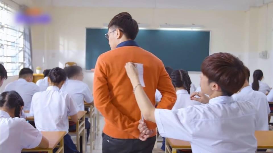Nam sinh trong phim Việt Nam còn quay cóp bạo gan hơn cả hội thiên tài bất hảo Bad Genius - Ảnh 8.