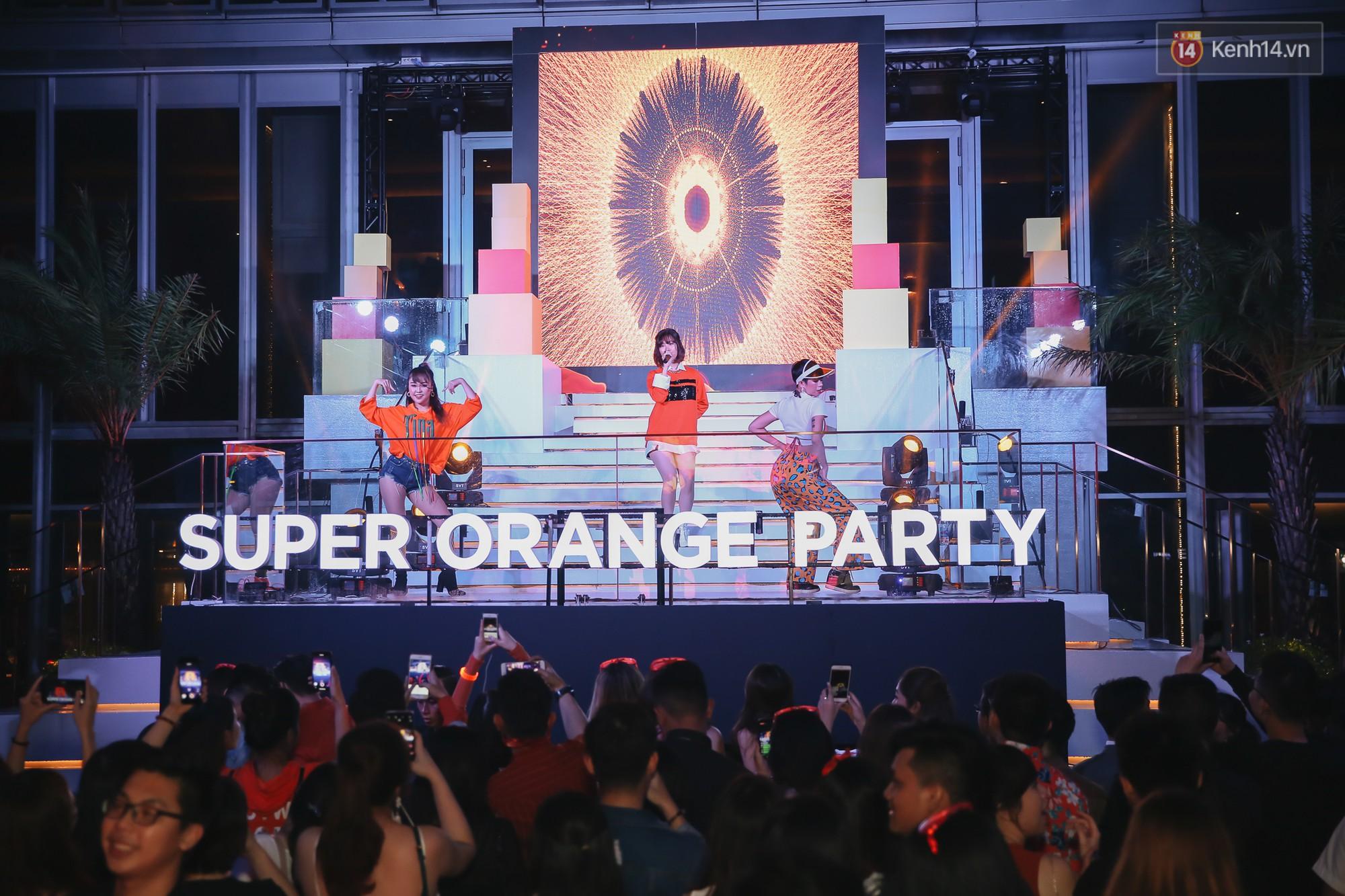 Min, Erik tái hiện màn song ca đình đám, đốt cháy đêm tiệc Orange Party của Shopee - Ảnh 3.