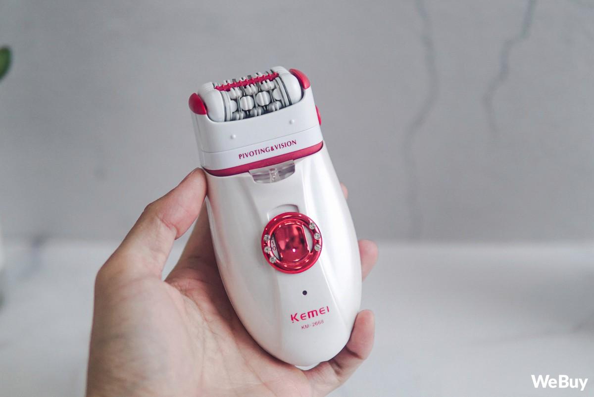Lần đầu trải nghiệm máy cạo nhổ lông: Có thực sự hữu dụng với nam nhân, nữ nhi có chân tay như rừng rậm Amazon? - Ảnh 3.