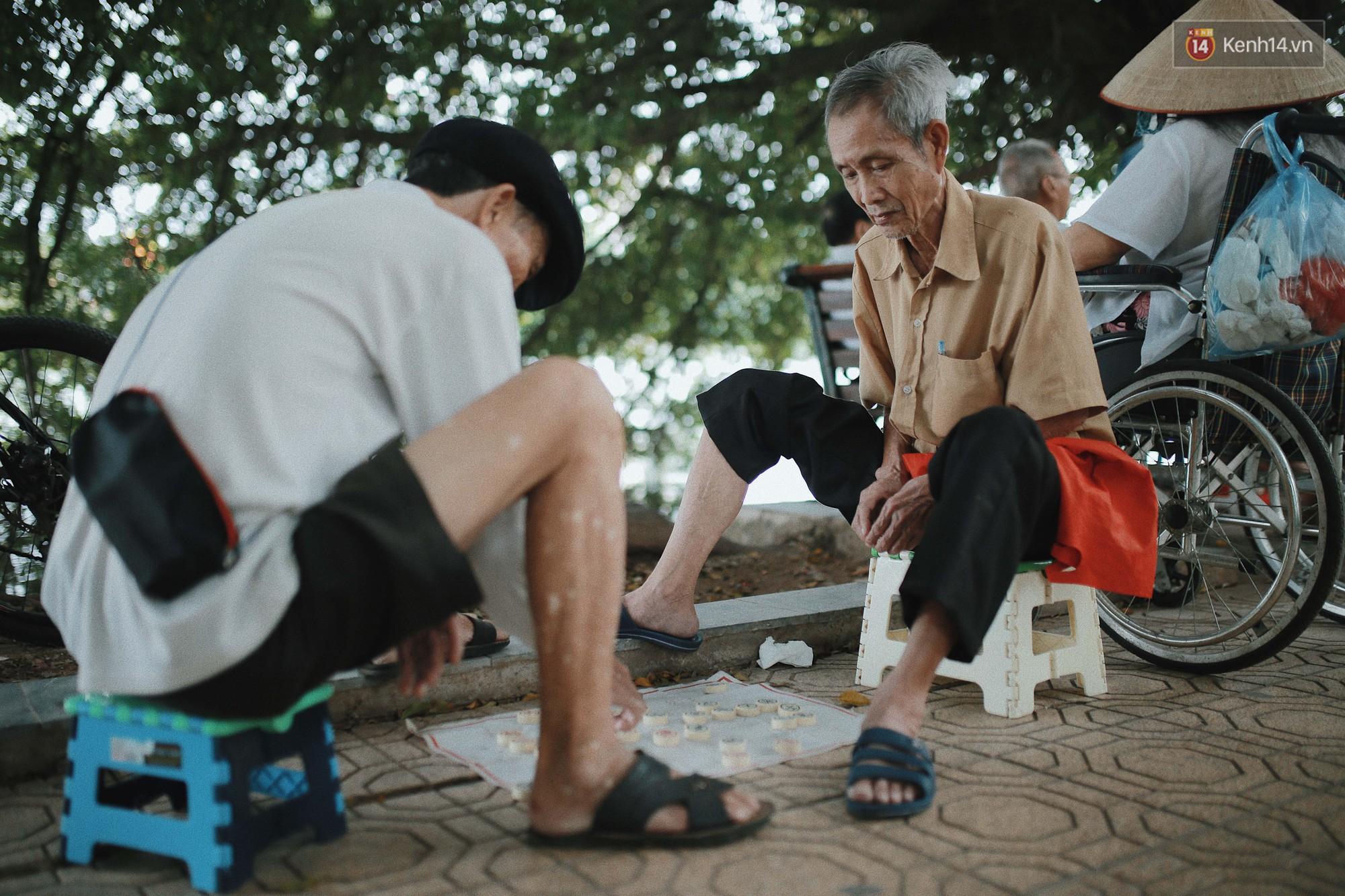 Có một Hà Nội luôn bình yên và khiến người ta sống chậm lại mỗi khi thu về - Ảnh 6.