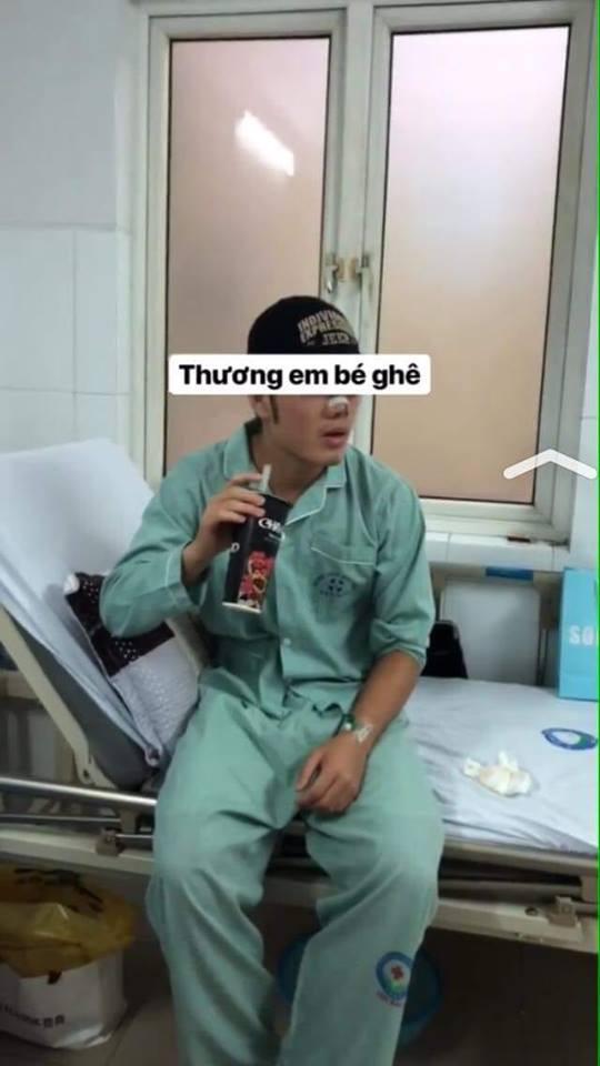 Fan xót xa nhìn hình ảnh Lương Xuân Trường băng mũi sau tiểu phẫu - Ảnh 1.