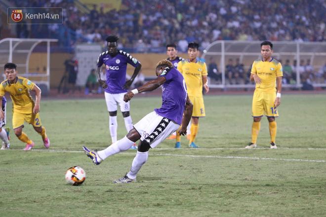 Hạ gục SLNA, Hà Nội FC trở thành nhà vô địch sớm nhất lịch sử V.League - Ảnh 3.