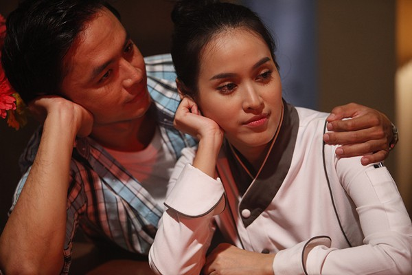 Showbiz Việt cũng đã có không ít những cặp đôi nên duyên từ phim giả tình thật - Ảnh 6.