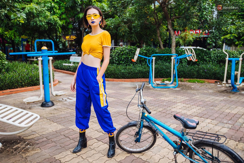 Street style 2 miền: trời sang thu, các bạn trẻ vẫn mê mệt crop top và quần cạp cao hot hit của mùa hè - Ảnh 14.