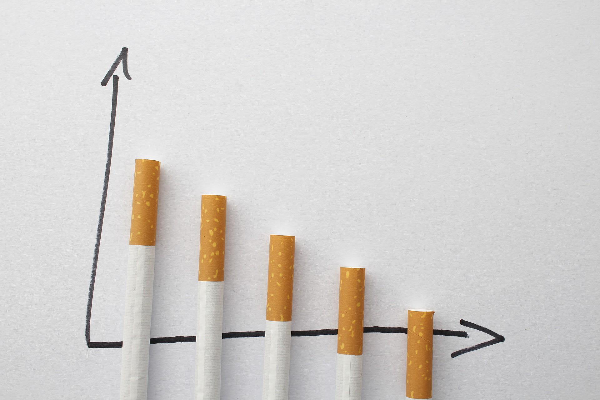Tầm soát ung thư phổi ngay khi có các dấu hiệu này để tăng hiệu quả trong điều trị - Ảnh 1.