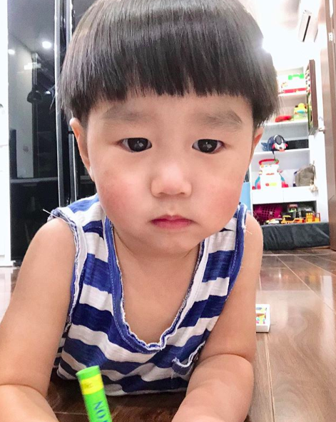 Tan chảy trước loạt biểu cảm cưng không chịu được của Xoài - em bé hot nhất Instagram Việt - Ảnh 18.