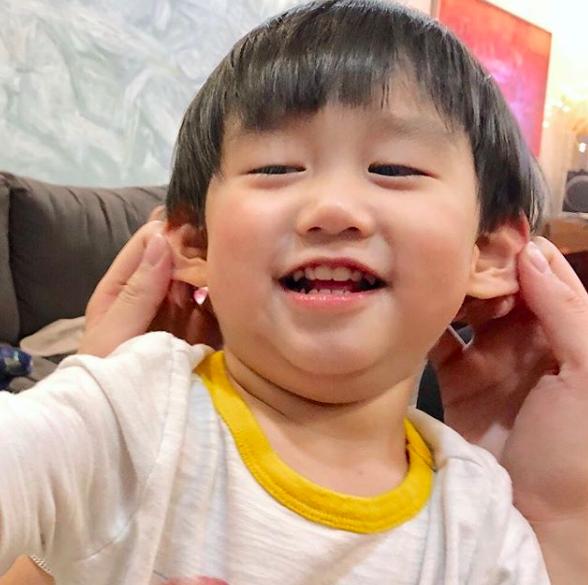 Tan chảy trước loạt biểu cảm cưng không chịu được của Xoài - em bé hot nhất Instagram Việt - Ảnh 22.