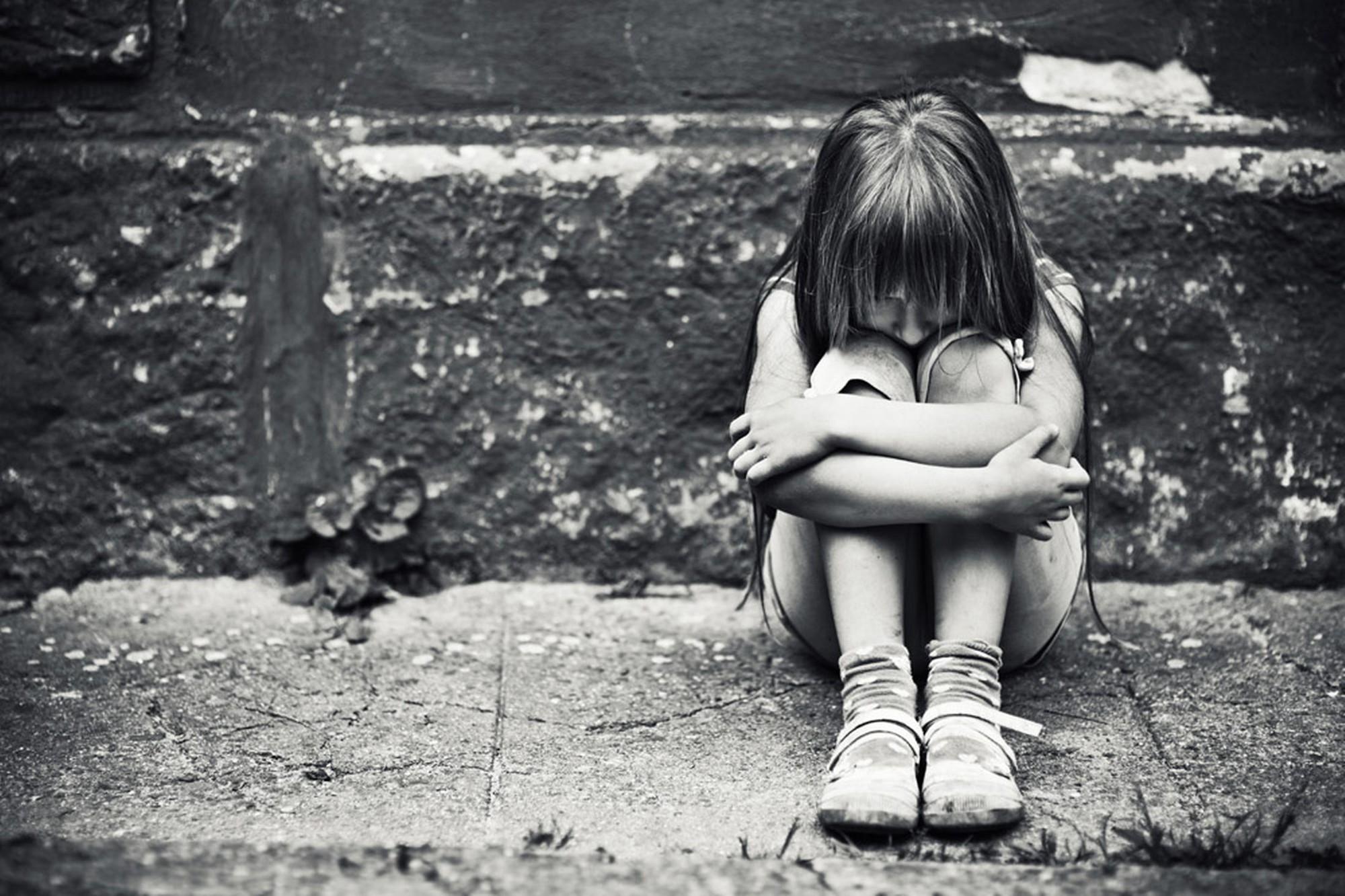 Con số đáng sợ: Tỷ lệ trầm cảm của con gái tuổi mới lớn cao GẤP 3 LẦN con trai - Ảnh 1.