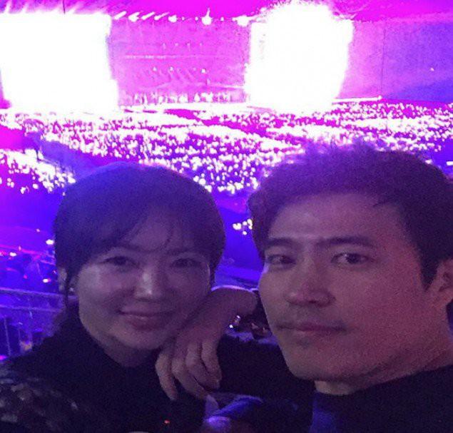 Tài tử Jung Woo Sung, Sulli, Jaejoong cùng loạt sao Hàn đình đám gây sốt khi rủ nhau đi xem concert Big Bang - Ảnh 13.