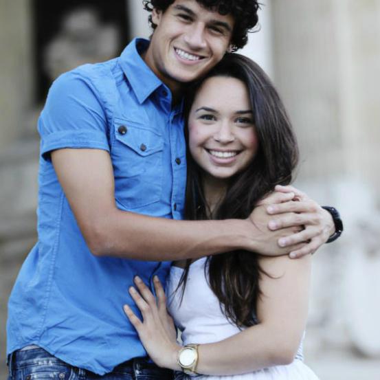 Chuyện tình lãng mạn như cổ tích của vợ chồng Coutinho - Ảnh 3.