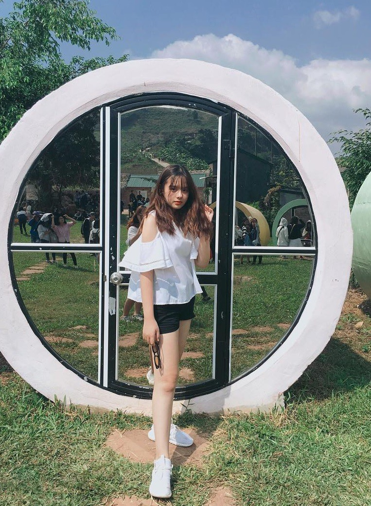 Lại xuất hiện thêm một cô bạn Việt sở hữu vẻ đẹp lai khó rời mắt! - Ảnh 5.