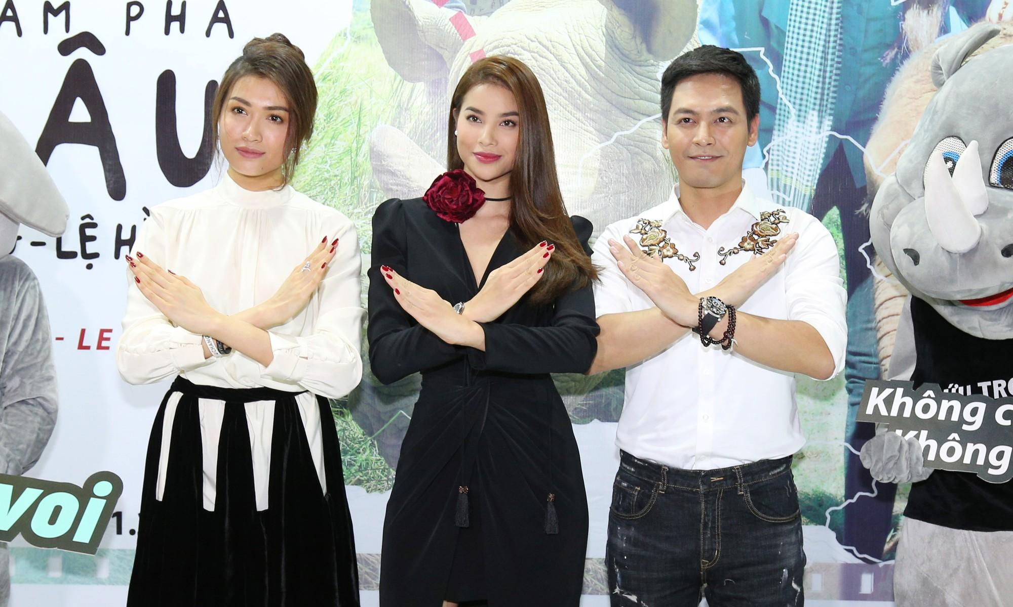 Phạm Hương rạng rỡ tại buổi ra mắt phim ngắn cổ động bảo vệ động vật hoang dã - Ảnh 1.