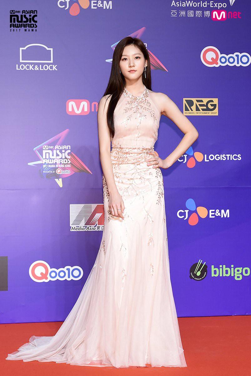 Nam thanh nữ tú thần tượng thế hệ 2000: Ai sẽ là nhân tố đáng mong đợi nhất của làng giải trí xứ Hàn? - Ảnh 4.