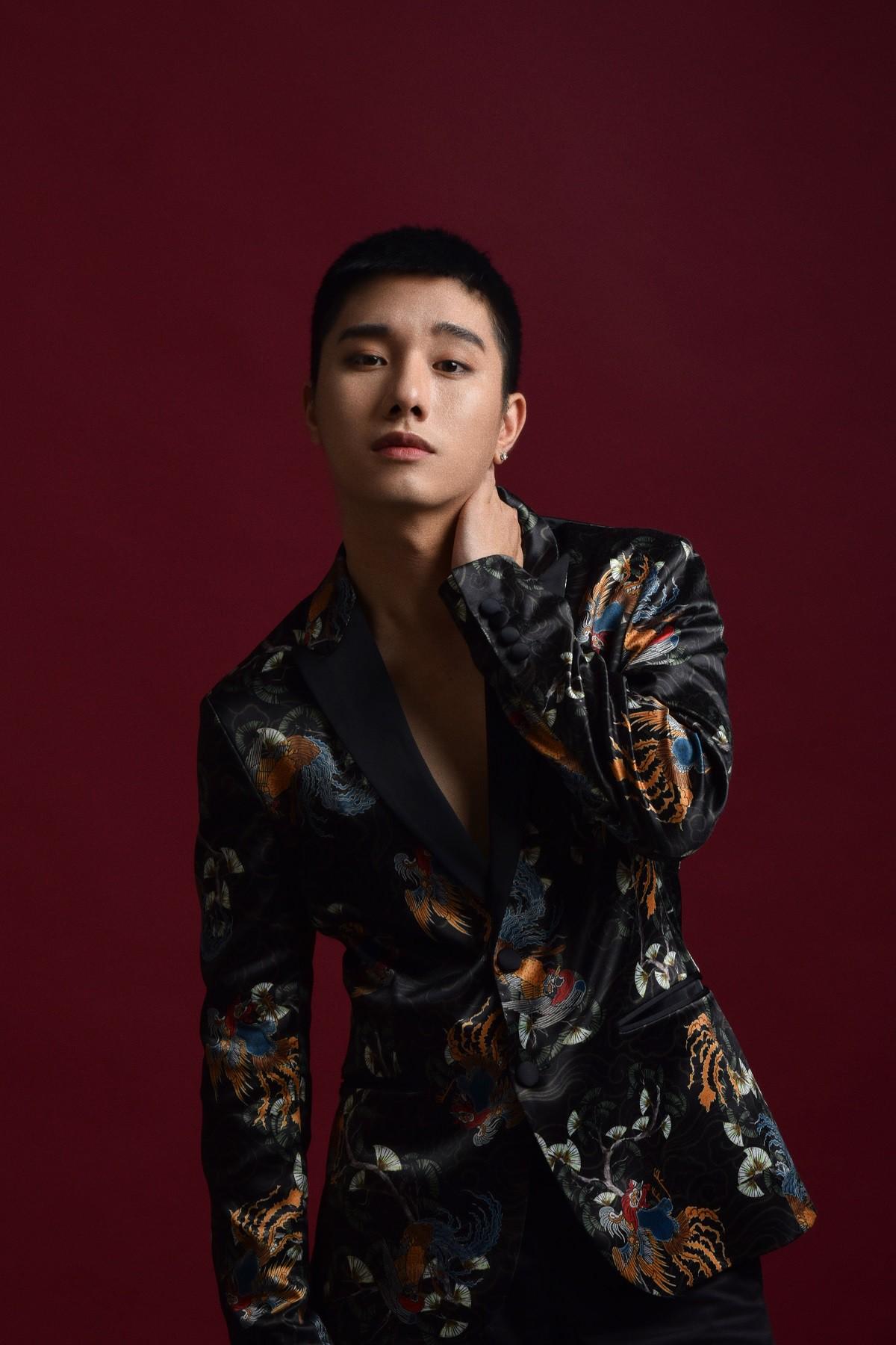 Không còn là hot boy đậm màu sắc Kpop, Juun Đăng Dũng hướng đến hình ảnh lãng tử trong MV mới - Ảnh 8.