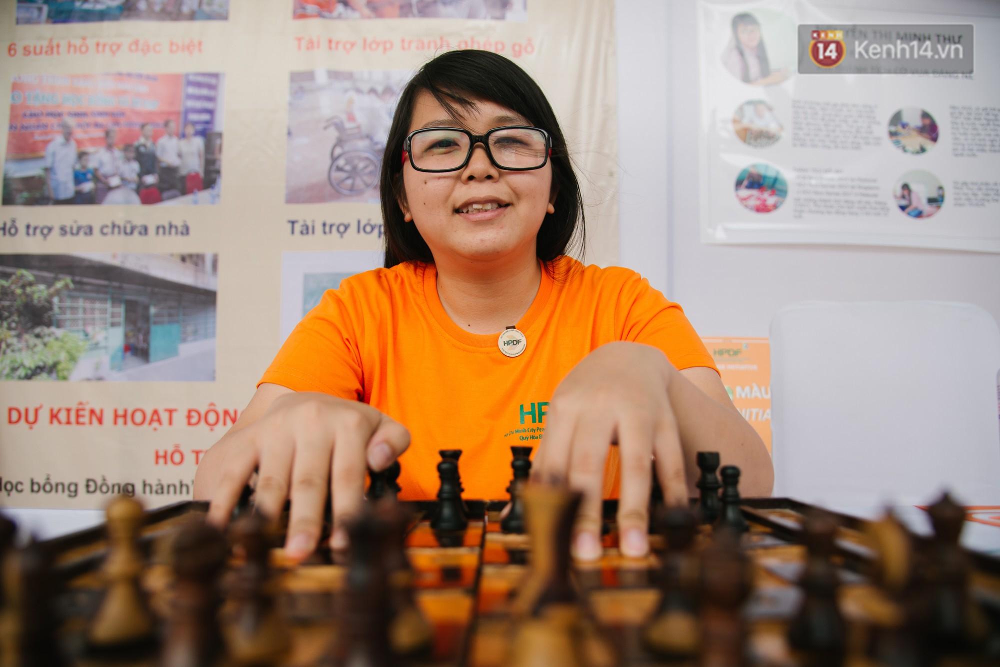 Hành trình chạm đến giải vô địch cờ vua Đông Nam Á của cô gái khiếm thị Sài Gòn - Ảnh 4.