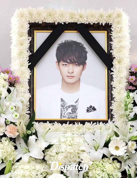 Xót xa hình ảnh tươi sáng của em trai Ha Ji Won trong di ảnh tại tang lễ hôm nay - Ảnh 5.