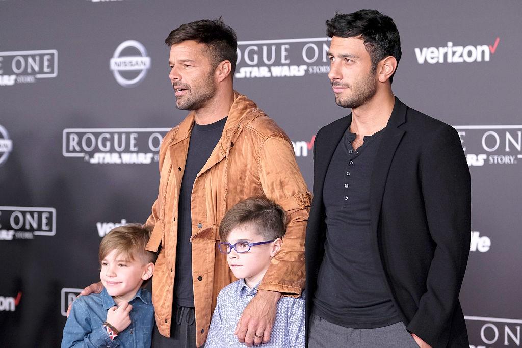 Ricky Martin xác nhận đã kết hôn với chàng họa sĩ điển trai kém 13 tuổi - Ảnh 4.