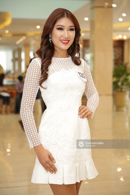 42 thí sinh Hoa hậu Hoàn vũ VN xuất hiện rạng rỡ tại họp báo, BTC công bố vương miện dành riêng cho Á hậu - Ảnh 20.