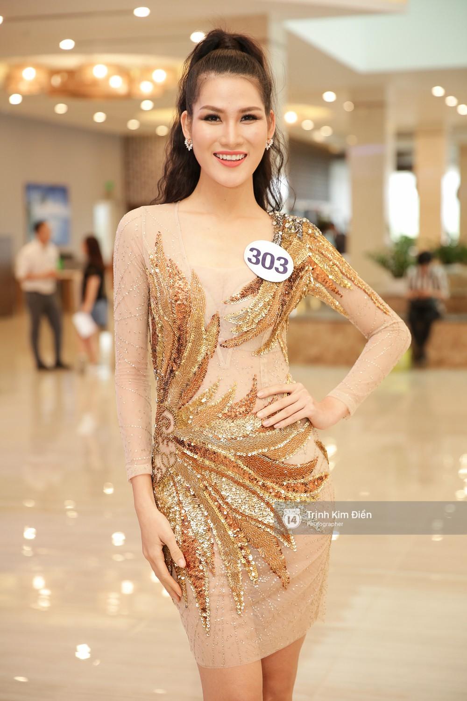 42 thí sinh Hoa hậu Hoàn vũ VN xuất hiện rạng rỡ tại họp báo, BTC công bố vương miện dành riêng cho Á hậu - Ảnh 11.
