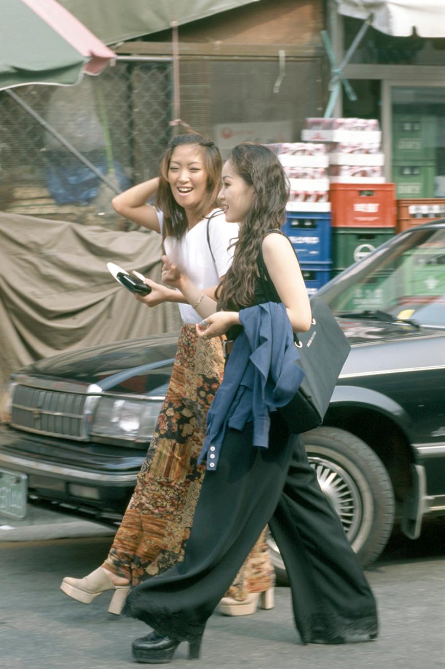 Xem ảnh street style thập niên 90 của Hàn Quốc mới ngớ ra: Thời đó quả là chất chơi! - Ảnh 5.