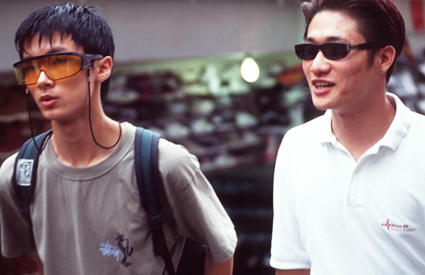 Xem ảnh street style thập niên 90 của Hàn Quốc mới ngớ ra: Thời đó quả là chất chơi! - Ảnh 17.
