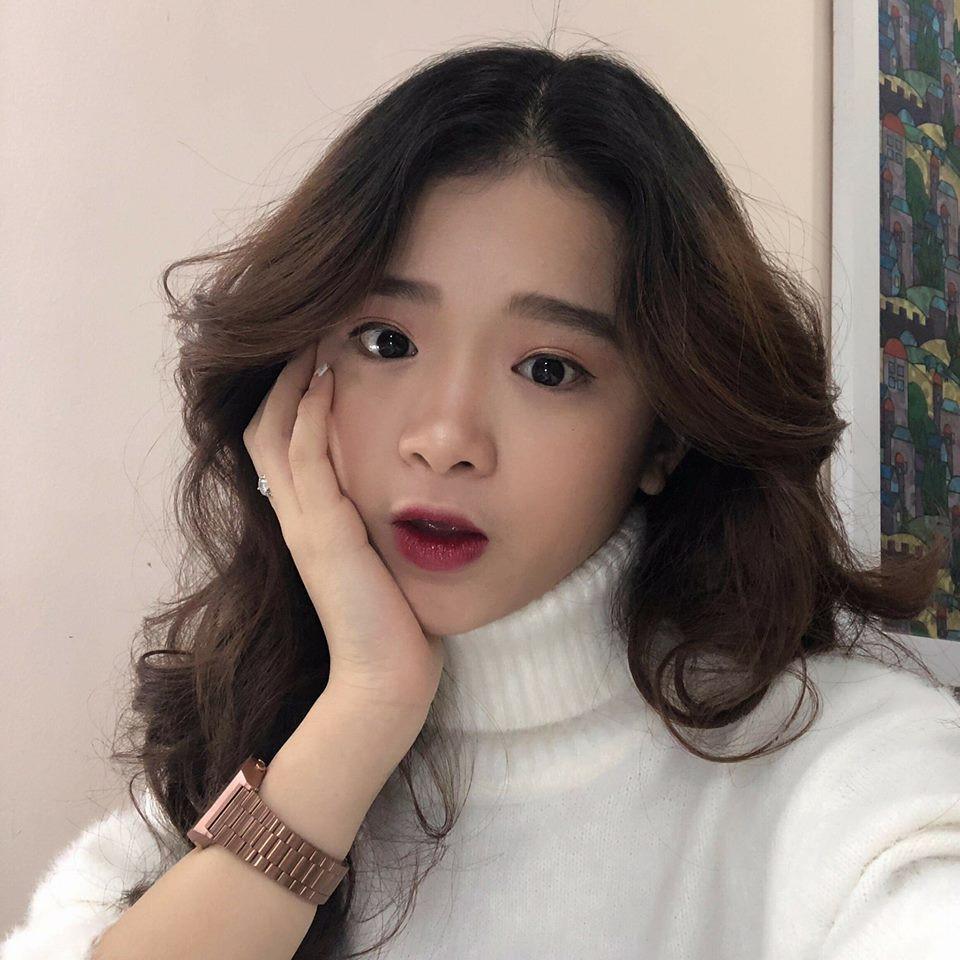 Dân mạng đồng loạt thả 'phẫn nộ' khi Linh Ka nhắn quản lí mời hậu vệ Bùi Tiến Dũng về làm hotteen