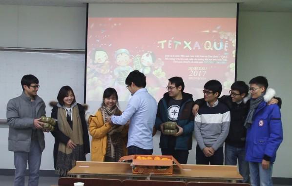 Nhìn lại một năm cực chất của Du học sinh Việt tại Hàn Quốc - Ảnh 1.