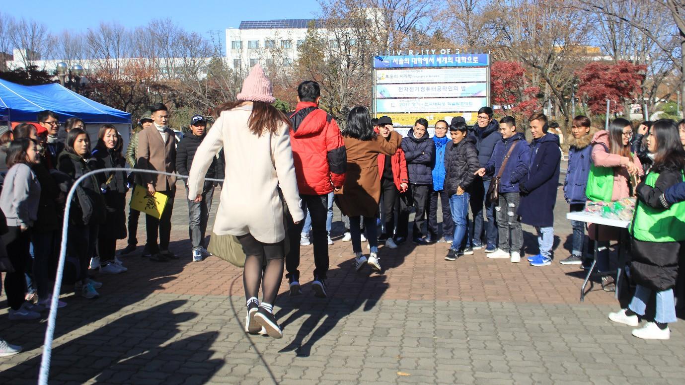 Nhìn lại một năm cực chất của Du học sinh Việt tại Hàn Quốc - Ảnh 10.
