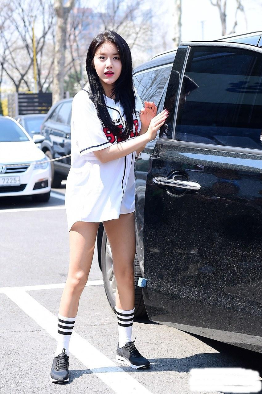 Loạt mỹ nhân Kpop sở hữu đôi chân ngàn vàng hoàn hảo đến mức chẳng thèm dùng chiêu trò để ăn gian - Ảnh 6.