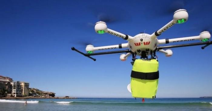 Drone không chỉ quay phim, chở hàng mà giờ đây còn cứu được cả con người - Ảnh 1.