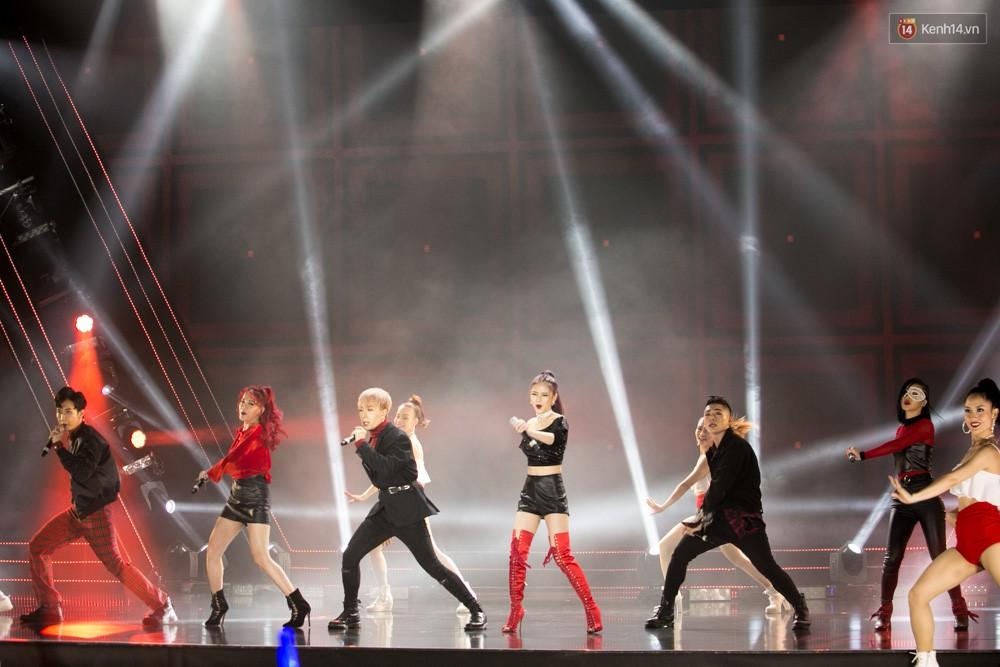 Cập nhật: GOT7 đem tới loạt hit siêu hot Never Ever, If You Do, Noo Phước Thịnh rước cả Hoa hậu Phạm Hương lên biểu diễn - Ảnh 5.