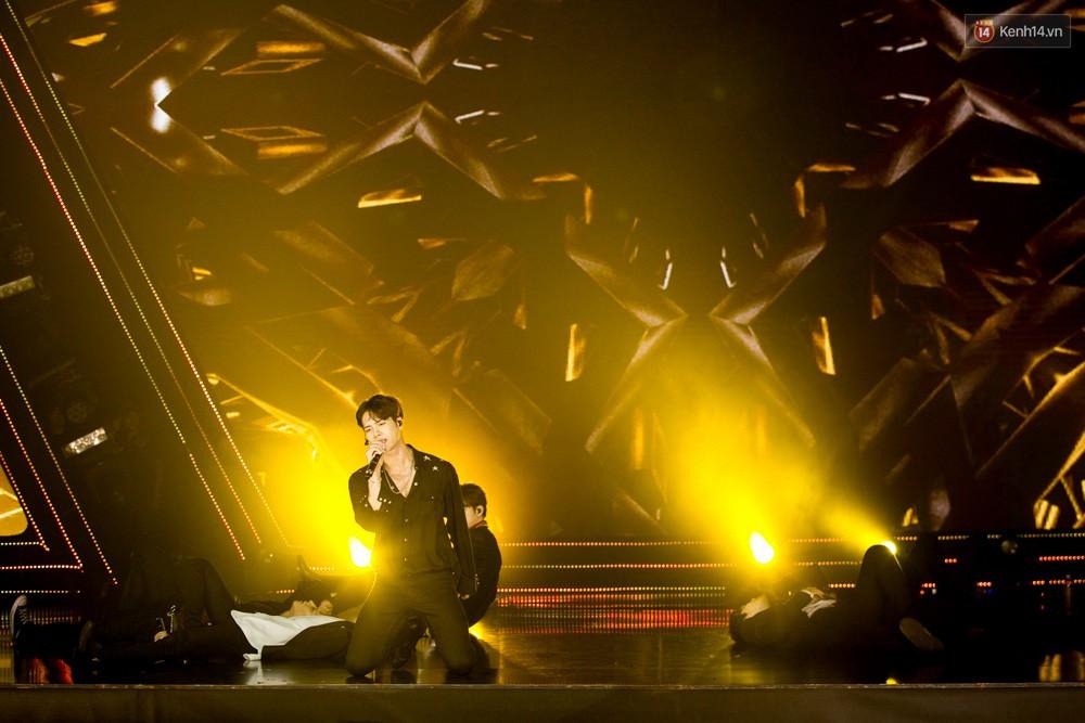 Cập nhật: GOT7 đem tới loạt hit siêu hot Never Ever, If You Do, Noo Phước Thịnh rước cả Hoa hậu Phạm Hương lên biểu diễn - Ảnh 54.