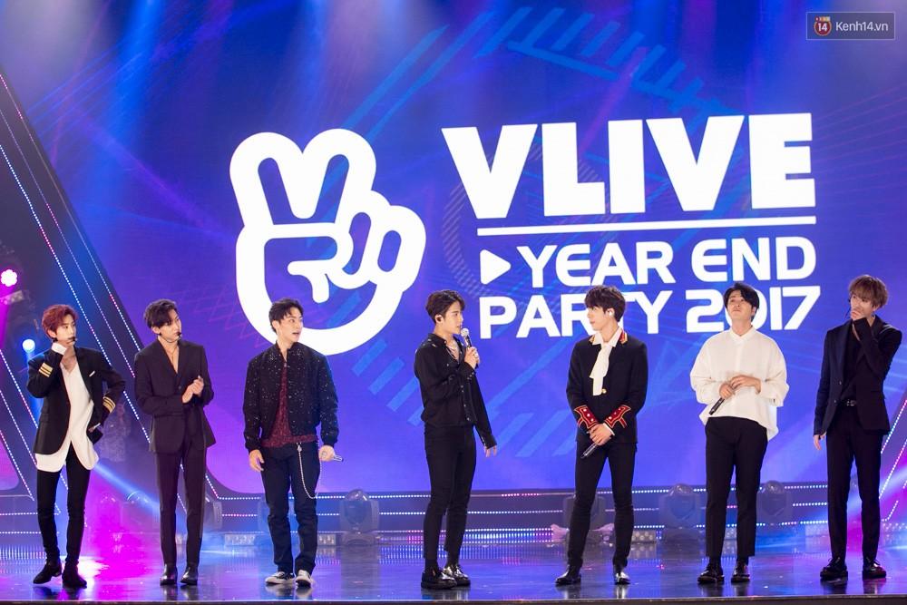 Cập nhật: GOT7 đem tới loạt hit siêu hot Never Ever, If You Do, Noo Phước Thịnh rước cả Hoa hậu Phạm Hương lên biểu diễn - Ảnh 58.