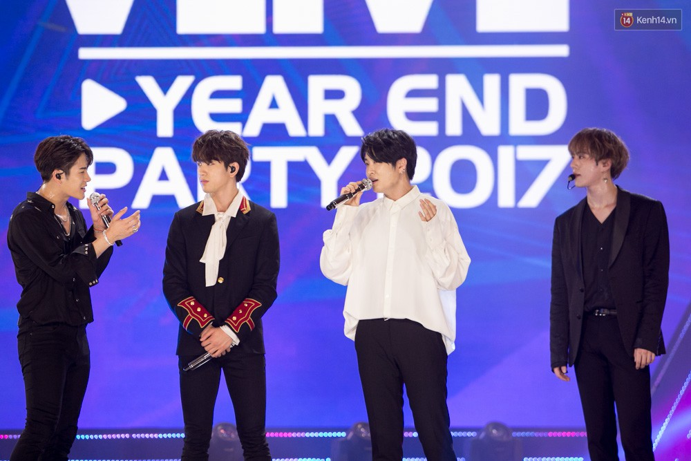 Cập nhật: GOT7 đem tới loạt hit siêu hot Never Ever, If You Do, Noo Phước Thịnh rước cả Hoa hậu Phạm Hương lên biểu diễn - Ảnh 59.