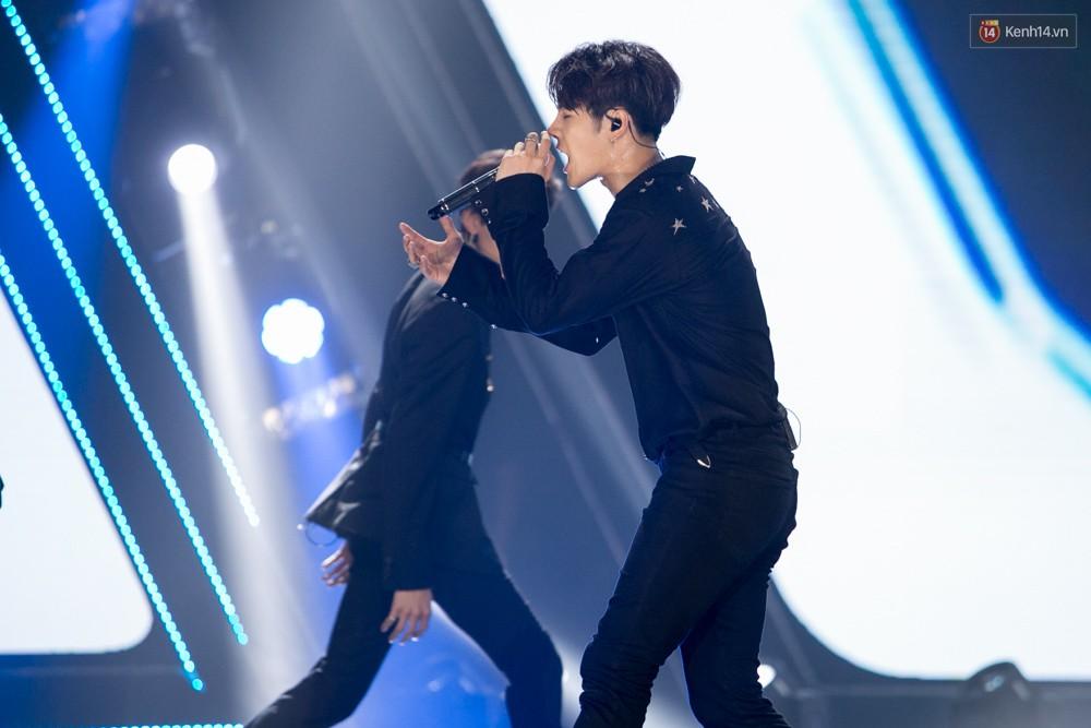 Cập nhật: GOT7 đem tới loạt hit siêu hot Never Ever, If You Do, Noo Phước Thịnh rước cả Hoa hậu Phạm Hương lên biểu diễn - Ảnh 62.