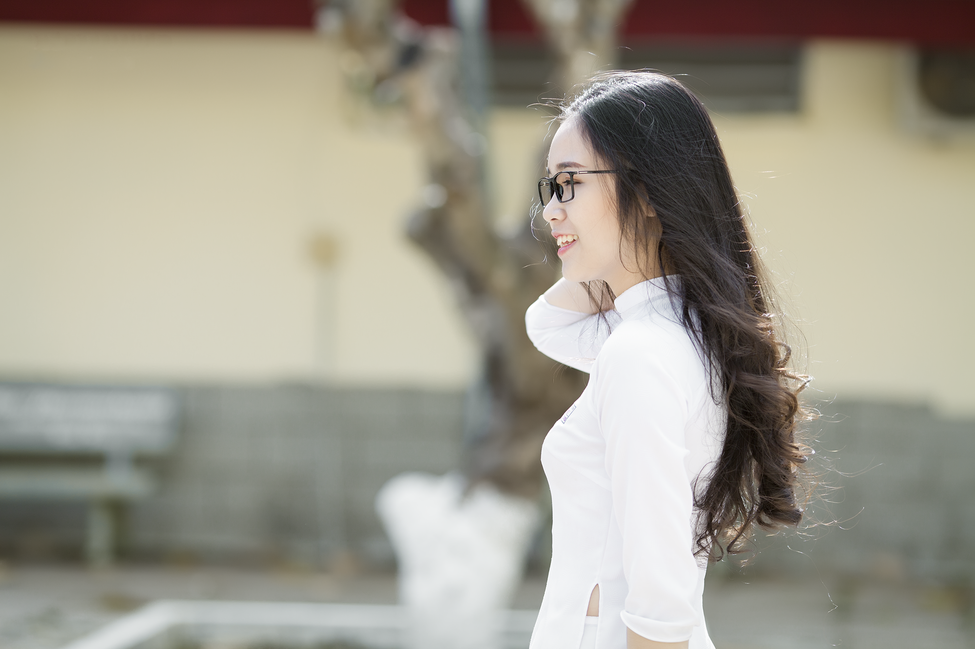 Không thể rời mắt trước bộ hình áo dài quá xinh của nữ sinh 2000 đến từ Đắk Lắk - Ảnh 7.
