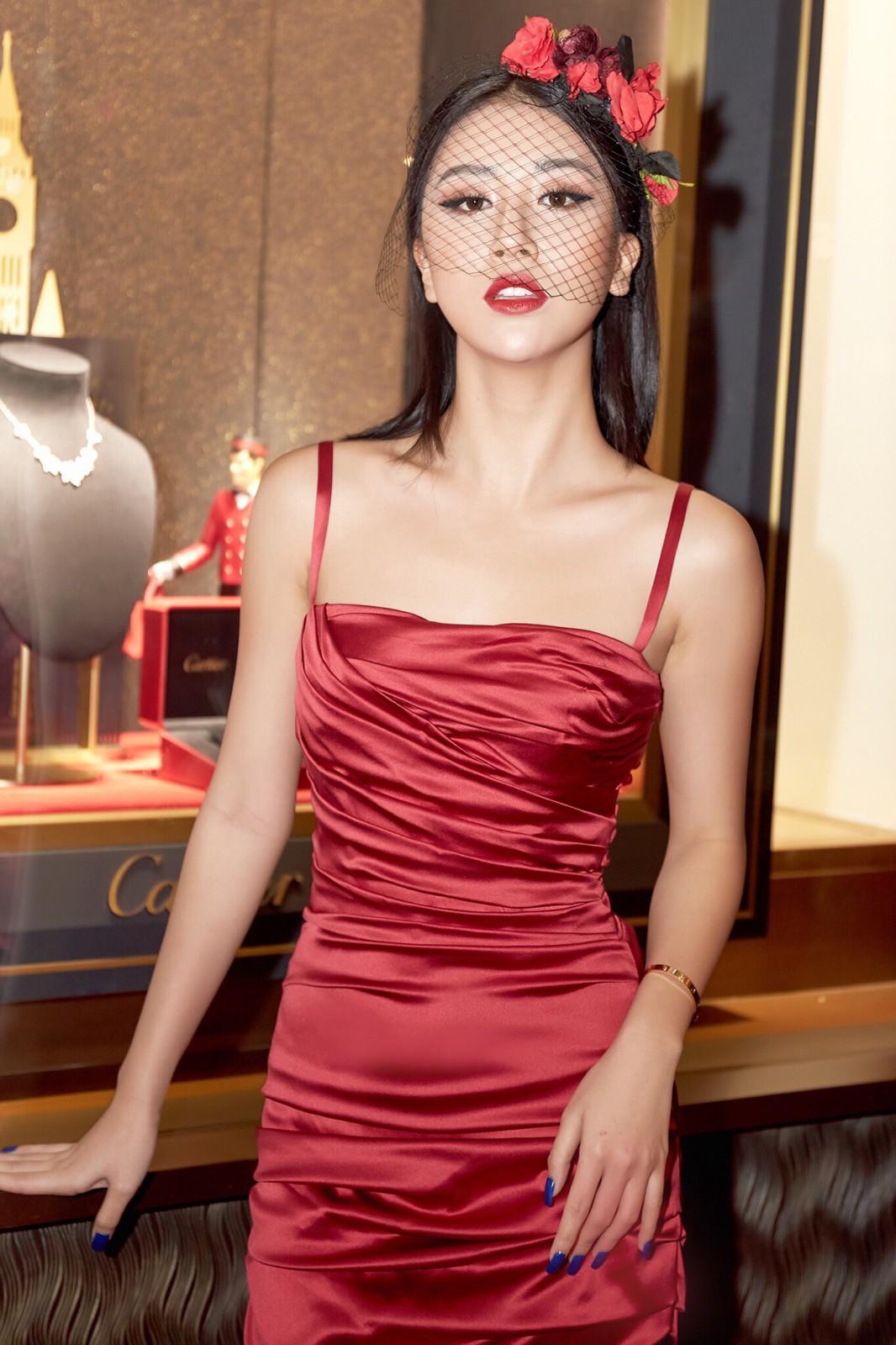 Quên Quỳnh Anh Shyn của ngày xưa đi, nàng hot girl giờ đi sự kiện cũng nổi và chịu chơi chẳng kém celeb nào! - Ảnh 1.