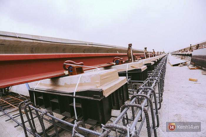 Chùm ảnh: Hơn 2,5km đường ray tàu trên cao tuyến Metro Bến Thành - Suối Tiên ở Sài Gòn đã hoàn thành - Ảnh 13.