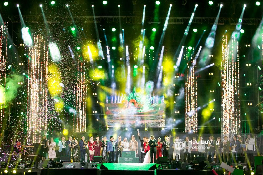Festival âm nhạc kỉ niệm 20 năm Làn Sóng Xanh: Thiếu hấp dẫn và chưa xứng tầm - Ảnh 3.