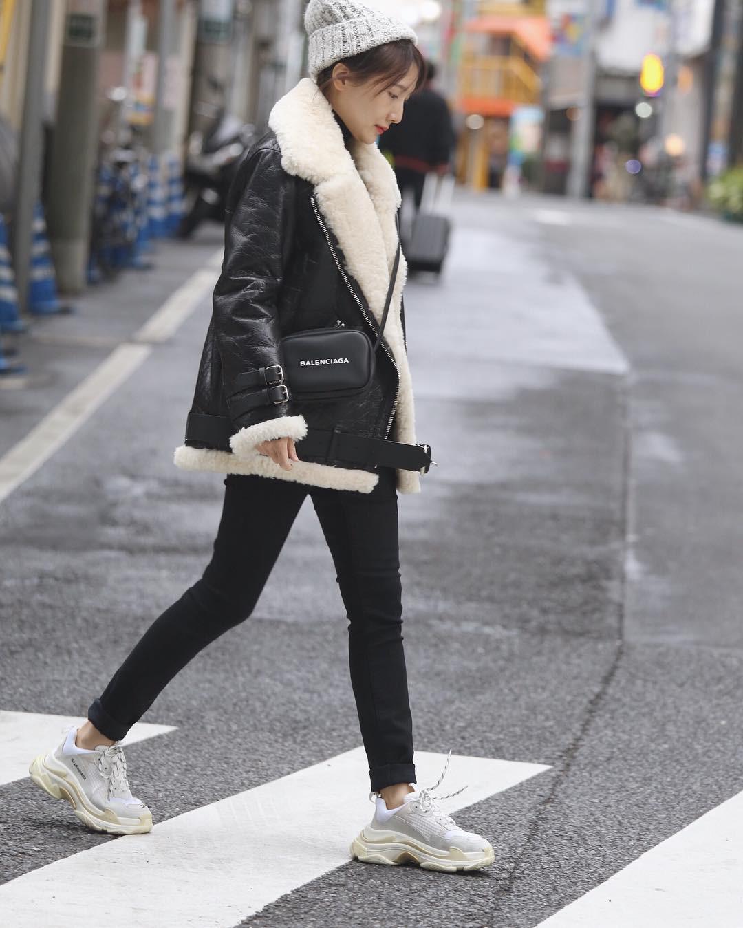 The Heirs hết từ lâu rồi nhưng giờ áo khoác của Choi Young Do lại hot quá là hot - Ảnh 11.