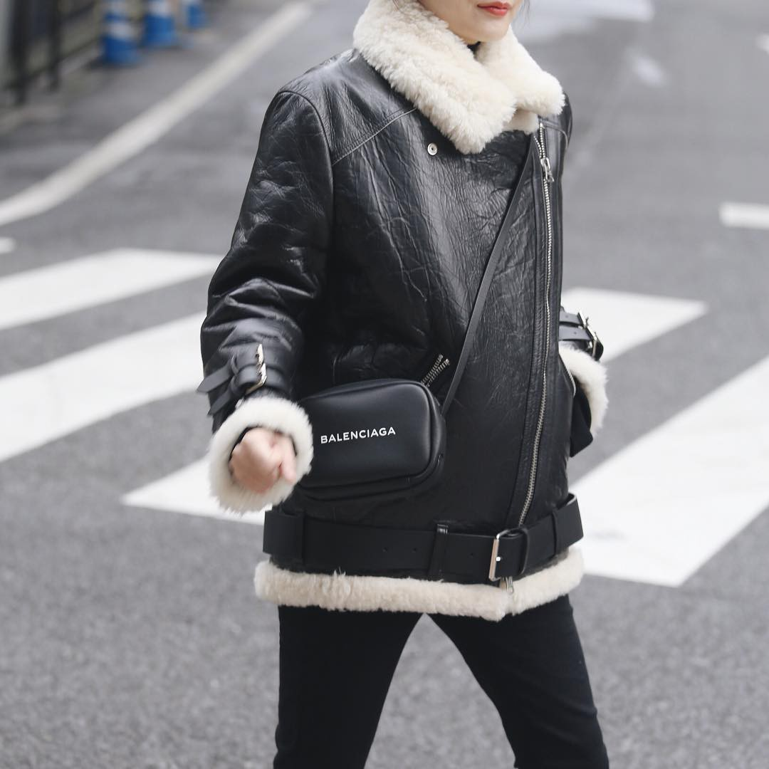 The Heirs hết từ lâu rồi nhưng giờ áo khoác của Choi Young Do lại hot quá là hot - Ảnh 3.