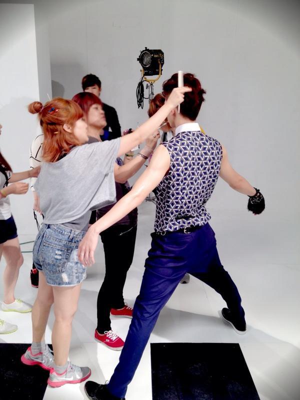 Làm stylist cho sao Hàn: tưởng không khổ mà khổ không tưởng! - Ảnh 5.