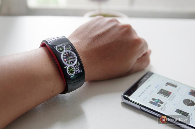 Không chỉ để theo dõi sức khỏe, Gear Fit2 Pro còn nhiều tác dụng hay ho hơn nữa - Ảnh 3.
