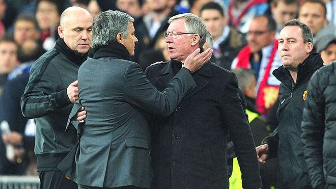 M.U: Càng khẩu chiến nhiều, Mourinho càng giống Sir Alex Ferguson - Ảnh 1.