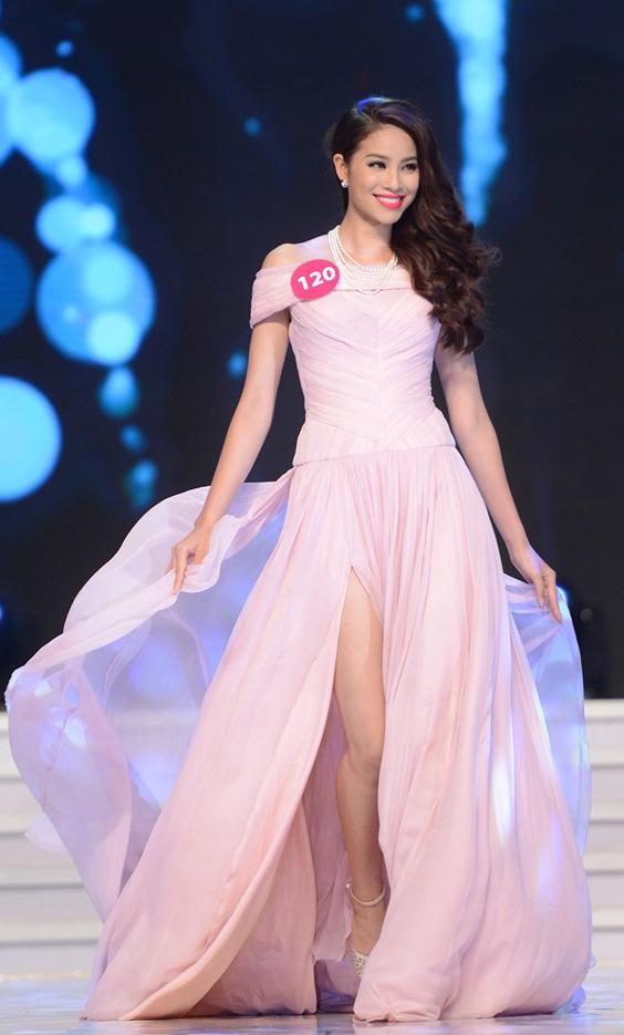 10 năm Việt Nam chỉ tìm được 3 Hoa hậu Hoàn vũ, ai mới là người được lòng công chúng nhất khi vừa đăng quang? - Ảnh 11.
