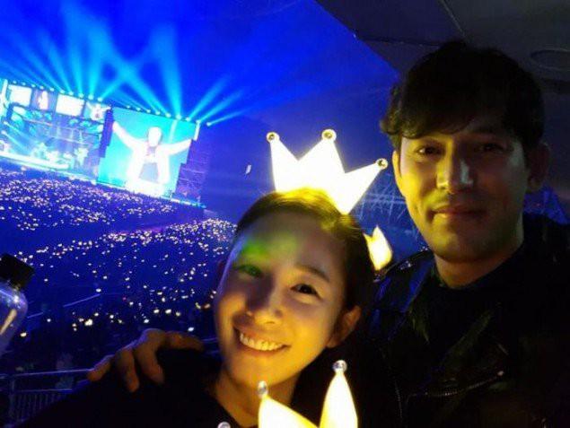 Tài tử Jung Woo Sung, Sulli, Jaejoong cùng loạt sao Hàn đình đám gây sốt khi rủ nhau đi xem concert Big Bang - Ảnh 15.